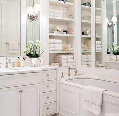Traditional master bathroom decorating ideas traditional bathroom design ideas home ideas bedrooms bathrooms bathroom bathroom lighting Bathroom Renos, Bathroom Interior, Bathroom Ideas, Bathroom Designs, Bathroom Shelves, Bathroom Mirrors, Remodel Bathroom, Bathroom Remodeling, Bathroom Layout