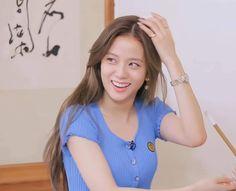 Blackpink Jisoo, South Korean Girls, Korean Girl Groups, Girl Boss, My Girl, Bts Black And White, Bobby Brown Stranger Things, Princesa Disney, Blackpink Photos