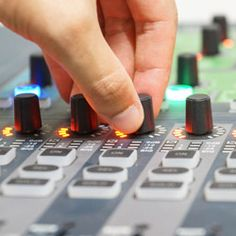 The Professional Audio Destination Professional Audio, Audio Sound, Church Ideas, Sounds Like, Good To Know, Tech, Music, Tecnologia, Muziek