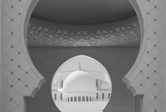 Sheikh Zayed Grand Mosque / Lora Photography. Product and landscape photography.