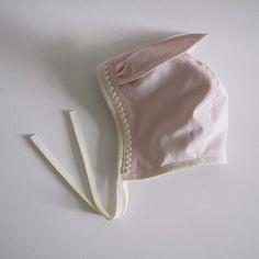 Bonnet by Lieschen Mueller