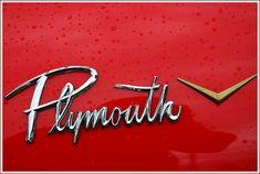 50 Classic Automobile Typography Designs