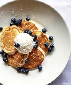 Ever wondered how we get our Lemon Ricotta Pankcakes so fluffy? Well, we're sharing our secret.it's all in the whisk! We hope you enjoy every last bite. Yields 15 Pancakes Ingredients ◦ ½ Cup All-Purpose Flour ◦ 1 Tsp Baking Powder ◦ 4 Tbsp Granulated… Lemon Ricotta Pancakes, Tasty Pancakes, Pancakes And Waffles, Crepes, French Toast Bread Pudding, Easy Homemade Pancakes, Delicious Breakfast Recipes, Pancake Recipes, Coffee Cake