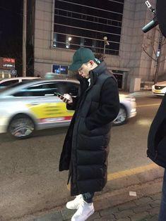 Image about k-pop in Kim Bobby 💥 by Lisa on We Heart It Jooheon, Ikon Member, Rapper, Jay Song, Ikon Wallpaper, Bobby S, Baby Bump Style, Kim Ji Won, Mobb