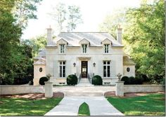 Beautiful home---LOVE every detail about it---one of my favorites!!