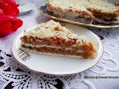 Prăjitura cu mere rase şi griş Romanian Desserts, Romanian Food, Breakfast Snacks, Breakfast Recipes, No Cook Desserts, Good Wife, Sweet Recipes, French Toast, Sweet Treats