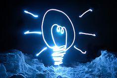 """Tres científicos nipones son los responsables del desarrollo del led azul (light-emitting diode) durante la década de los 90. Sin lugar a dudas, ha sido un descubrimiento a la postre clave para que esta tecnología de iluminación acabe """"jubilando"""" definitivamente a la bombilla inventada por Edison."""