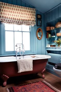 10 Bathroom Trends We Are Expecting To See In 2021 (Some Are Surprisingly Renter Friendly) - Emily Henderson