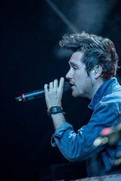 Dan Smith : Bastille at the Bergenfest (12/06/2015) // via @BastilleFR He is so beautiful I want to cry.