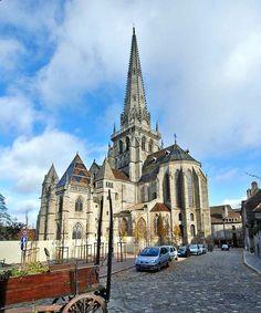 Catedral de San Lázaro en Autun, Francia