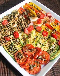 Salsa per verdure grigliate o alla piastra World Recipes, Real Food Recipes, Vegan Recipes, Cooking Recipes, Cena Light, Italian Buffet, Sugar Free Recipes, Light Recipes, Vegetable Recipes