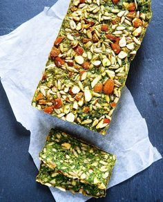 Gluten free spinach bread with almonds & kernels – About Healthy Meals Healthy Recipes For Weight Loss, Easy Healthy Recipes, Raw Food Recipes, Veggie Recipes, Healthy Snacks, Base Foods, I Foods, Food N, Food And Drink
