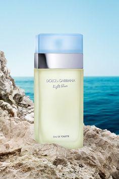 Light Blue Perfume, Pink Perfume, Chanel Perfume, Cosmetics & Perfume, Best Perfume, Perfume Scents, Light Blue Dolce Gabbana, Dg Light Blue, Dolce Light Blue