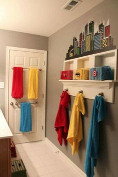 Bathroom towel organization