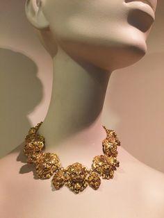 Cast Lion Collar Lions, Art Decor, Crochet Necklace, Jewelry Design, It Cast, Lion
