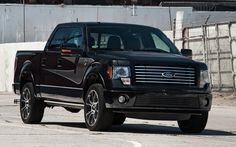 2012-ford-f-150-supercrew-harley-davidson-edition-front-view