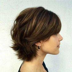 Short Layered Hair Cut Model for Thick Hair Hair - Girl Power Pack Short Layered Haircuts, Short Hairstyles For Thick Hair, Short Hair With Layers, Pixie Haircuts, Short Thick Wavy Hair, Simple Hairstyles, Short Bobs, Long Hair, Layered Short Hair