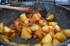 Prăjitură fără coacere cu mere, biscuiți și budincă de vanilie | Savori Urbane Cantaloupe, Bakery, Recipies, Deserts, Meat, Chicken, Fruit, Vegetables, Fine Dining