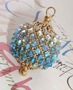 Bella Bead by Pencio, made of Swarovski and seed beads in blue by Bluepearls Perlen.