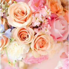 Never wrong with too Many Flowers :)) I Love and it's such a Great decoration!