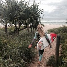 "Time to go Surfing!!! puresweetnessinmyveins: ""girl via Tumblr on We Heart It. """