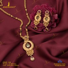 Jadtar Pendant Set jewellery for Women by jewelegance. ✔ Certified Hallmark Premium Gold Jewellery At Best Price Gold Ring Designs, Gold Bangles Design, Gold Jewellery Design, Indian Gold Jewellery, Diamond Jewellery, Jewelry Design Earrings, Gold Earrings Designs, Jewelry Sets, Hoop Earrings