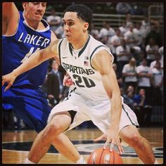 #tbt to Travis worken it @Loraine Jenkins  #travistrice #baller #1 #msu #michiganstate #basketball #trice #20 #Padgram