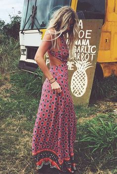 From Winter to Summer: How To Look Boho Chic The Whole Year - The latest in Bohemian Fashion! These literally go viral!