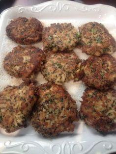 Black-Quinoa-Crab-Cakes-1349474525[1]