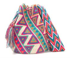 Barranca Wayuu Mochila Bag Mochila Crochet, Crochet Tote, Crochet Purses, Knit Crochet, Tapestry Bag, Tapestry Crochet, Beading Patterns, Crochet Patterns, Diy Purse