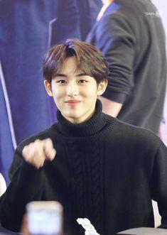 winwin pics (@winwinspics) / Twitter Taeyong, Jaehyun, Nct 127, Nct Winwin, Jisung Nct, Kpop Aesthetic, Make A Wish, Nct Dream, Boy Groups