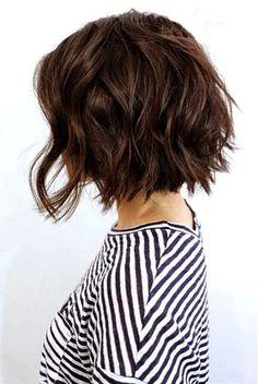 10 Bob Frisuren für dicke Welliges Haar Frauen absolut lieben Stile mit Bewegung ... ()