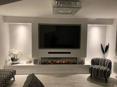 Wall Units With Fireplace, Fireplace Feature Wall, Feature Wall Living Room, Wall Mounted Fireplace, Living Room Decor Fireplace, Living Room Wall Units, Home Fireplace, Living Room Grey, Living Room Interior