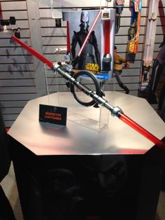 STAR WARS Inquisitor's lightsaber and force disc