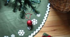 No-sew tree skirt Christmas Time Is Here, Family Christmas, All Things Christmas, Christmas Holidays, Christmas Decorations, Xmas, Christmas Ornaments, House Decorations, Happy Holidays