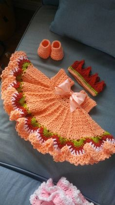Crochet peach baby dress set with colorful trim Fits newborn to 6 months.ready to ship Baby Girl Crochet, Crochet Baby Clothes, Crochet For Kids, Crochet Baby Dress Pattern, Baby Dress Patterns, Crochet Patterns, Diy Crafts Crochet, Crochet Toys, Baby Set