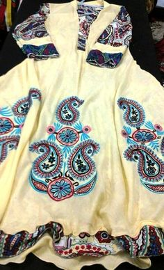 60b69c84b65 Edit Hub  How to pick a great Extended Right Kurti Rock Revival