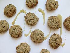 The Certified Gold – Madame Labriski No Cook Desserts, Just Desserts, Gluten Free Flour, Dairy Free, Healthy Munchies, Raisin Cookies, Biscuit Cookies, Natural Sugar, Healthy Cookies