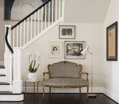 Medina, Washington Foyer Foyer Staircase Design Detail Modern TraditionalNeoclassical Transitional by Marianne Simon Design Interior Staircase, Staircase Design, Foyer Staircase, Entry Hallway, Design Entrée, Modern Design, Best Interior, Interior Design, Foyer Decorating