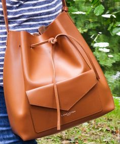 "A nice declaration for our bucket bag Pur Smooth on the blog ""The Slow Pace""…"