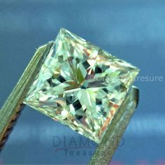 Sparkling-1-47-ct-6-40-mm-Princess-Off-White-Green-Loose-Moissanite-VVS1