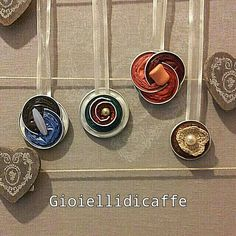 Decorazioni per tende con capsule nespresso - gioiellidicaffe