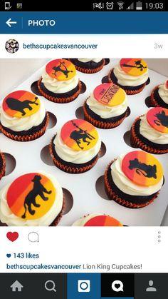 lion king cupcakes Lion King Wedding, Lion King Party, Lion King Cupcakes, Lion King Birthday, Safari Cakes, Lion King Baby Shower, Best Party Food, Bird Cakes, Le Roi Lion