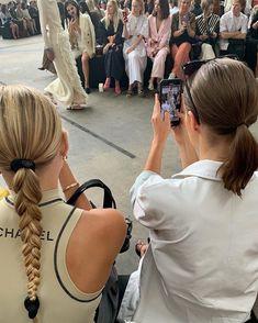 hairstyles hairstyles for over 50 hairstyles 2019 hairstyles 2019 female short h… Foto Fashion, Nyc Fashion, Fashion Models, Fashion Show, Fashion Design, Fashion Women, Fashion Clothes, High Fashion, Luxury Fashion