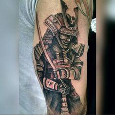 Samurai BERTUANI TATTOO STUDIO  R.mantiqueira, 163(sala02), Novo Riacho, contagem-MG.  Tel.(31)2565-4664 Whats:(31)9312-8035  #tattoo #tattoos #bhtattoo #bertuanitattoo #fullcollor #tattooplanetas #terra #tattooclube #tattoo_clube #electricink #electric #electricinkpigments #insta #instagram #lovetattoos #oriental #samurai