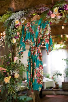 SALE, Set of 6, Bridesmaid robes, kimono crossover, bridesmaids gift, handmade, floral, bridal shower, wedding.