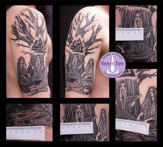 tatuaggio norne, tatuaggio yggdrasil, tatuaggio triforza, tatuaggio braccio, tatuaggio miniatura, microtatuaggio, tatuaggio religioso, tatuaggio etnico - Violet Fire Tattoo - tatuaggi maranello, tatuaggi modena, tatuaggi sassuolo, tatuaggi fiorano - Adam Raia
