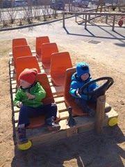 Kids outdoor play, outdoor play areas, kids play area, eyfs outdoor area id Outdoor Learning Spaces, Kids Outdoor Play, Outdoor Play Areas, Kids Play Area, Preschool Playground, Backyard Playground, Pallet Playground, Playground Ideas, Outdoor Classroom