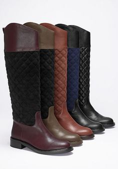 Quilted riding boots.