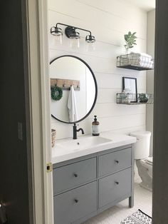 Home Interior Pictures Farmhouse Style Bathroom Makeover.Home Interior Pictures Farmhouse Style Bathroom Makeover Bathroom Styling, Bathroom Renovation, Bathroom Interior, Guest Bathrooms, Room Makeover, Bathroom Renovations, Bathroom Design, Remodel Bedroom, Bathroom Farmhouse Style